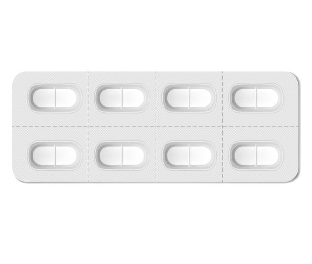 stockillustraties, clipart, cartoons en iconen met langwerpige medische pil blister pakket met individuele afneembare cellen, realistische model. blank medicine tablet pack geïsoleerd op witte achtergrond, vector sjabloon - doordrukstrip