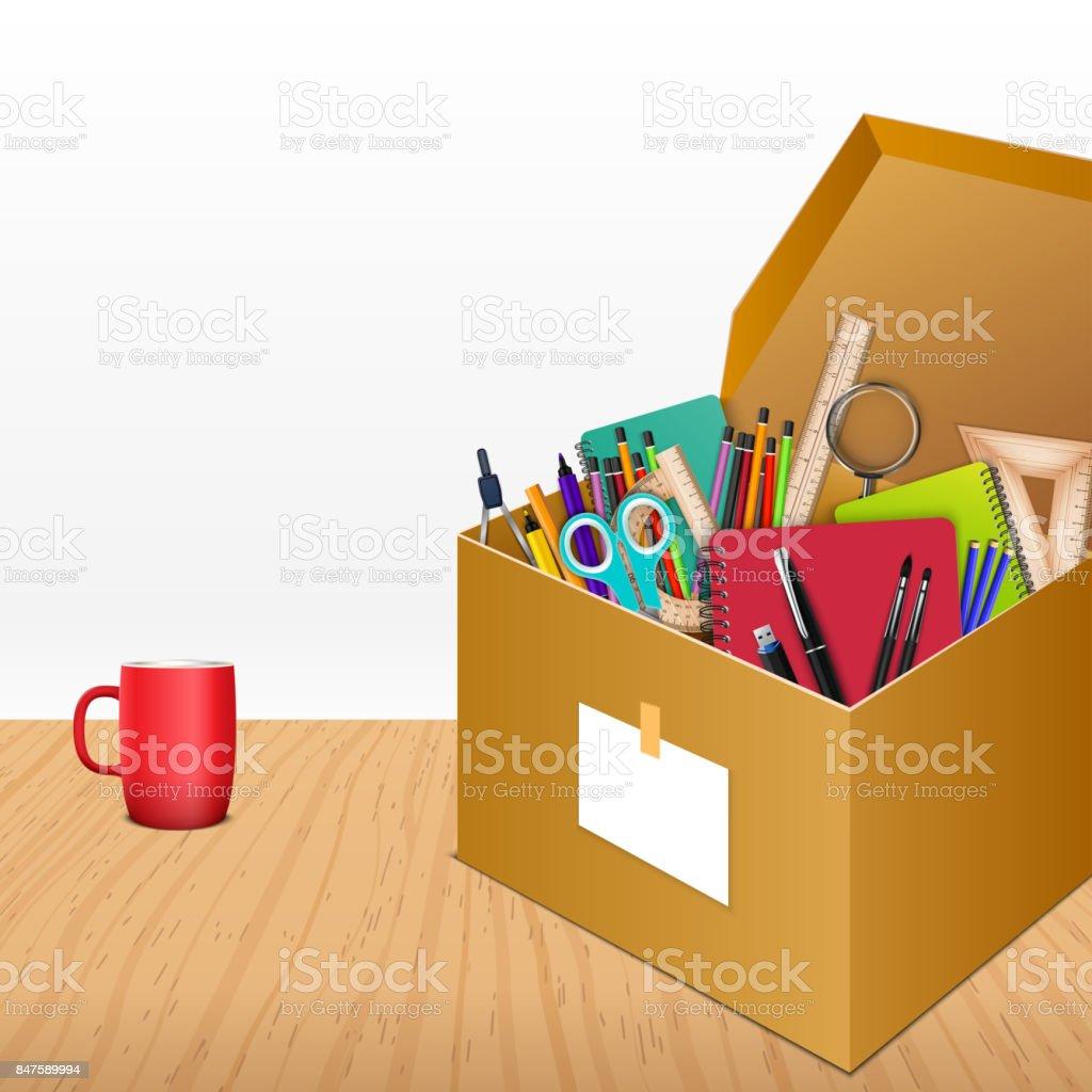 木製の背景に段ボール箱でオフィス用アクセサリ いっぱいになるの