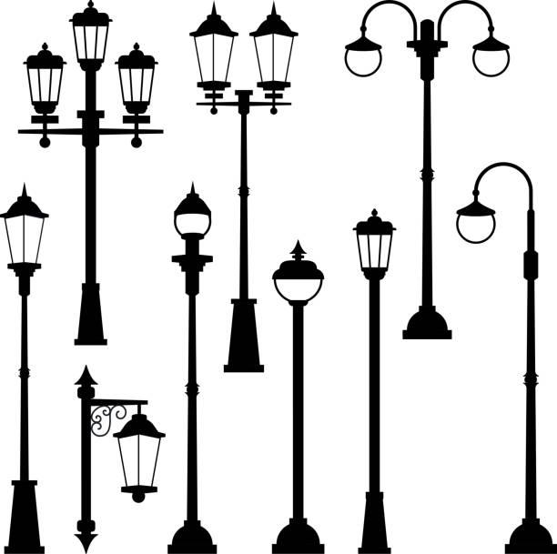 alten straßenlaternen in monochromen stil gesetzt. vektor-illustrationen zu isolieren - citylight stock-grafiken, -clipart, -cartoons und -symbole