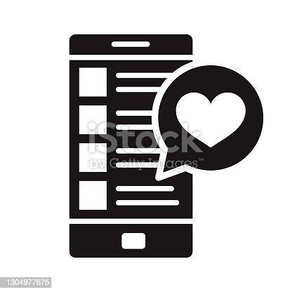 istock Online Dating Romance Glyph Icon 1304977675