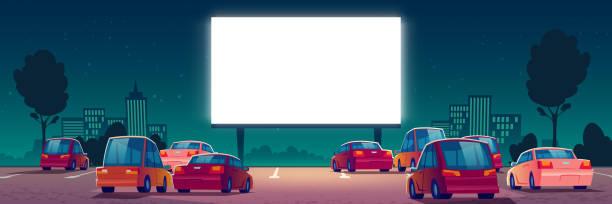 ilustrações, clipart, desenhos animados e ícones de cinema ao ar livre, cinema drive-in com carros - exterior