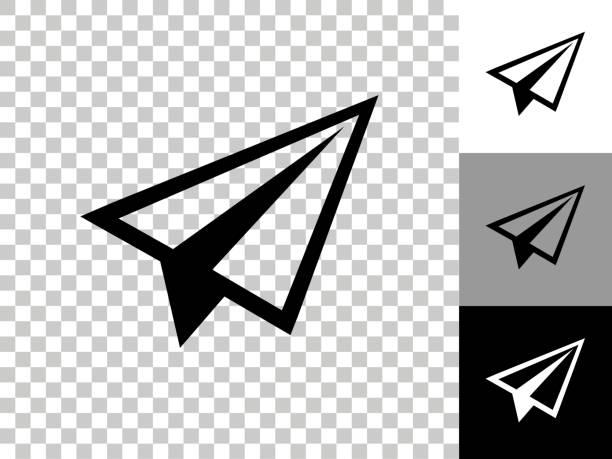 ilustrações, clipart, desenhos animados e ícones de ícone do avião de papel no fundo transparente do checkerboard - ícones de design planar