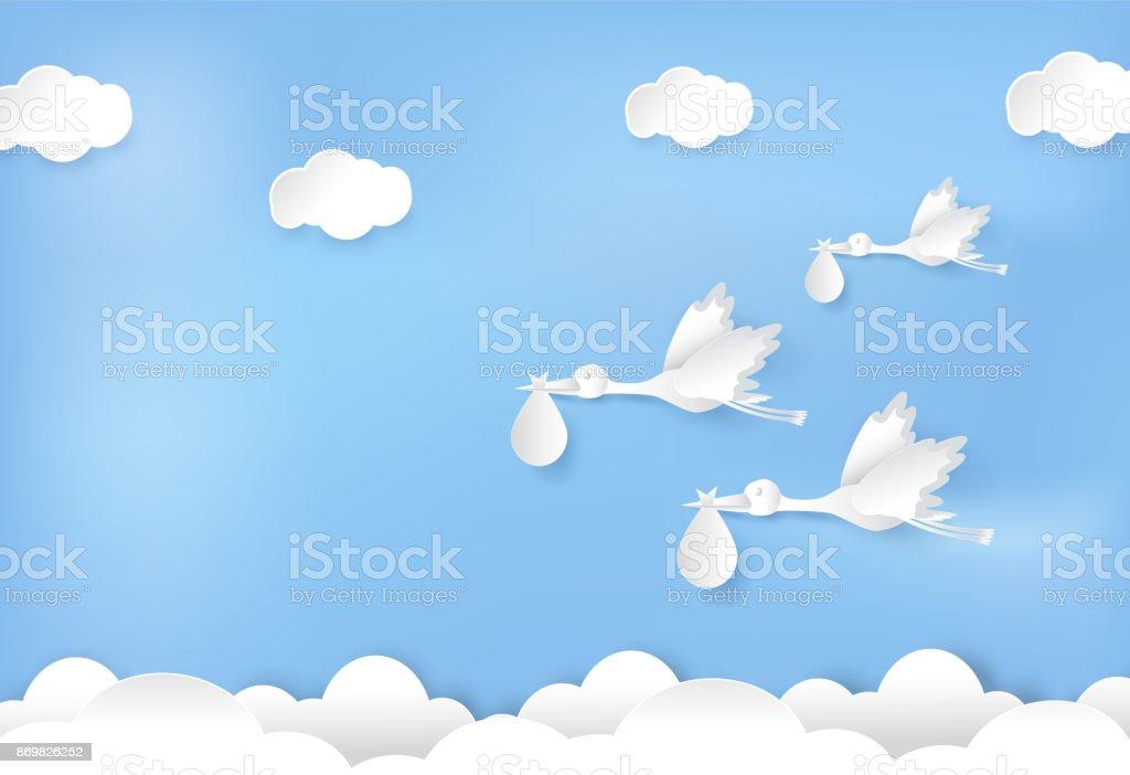 Papel de arte de cegonha voando com bebê no papel de céu azul corte ilustração estilo - Vetor de Amor royalty-free