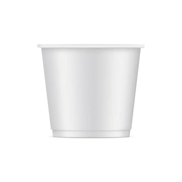 illustrazioni stock, clip art, cartoni animati e icone di tendenza di paper ice cream cup mockup isolated on white background - gelato confezionato
