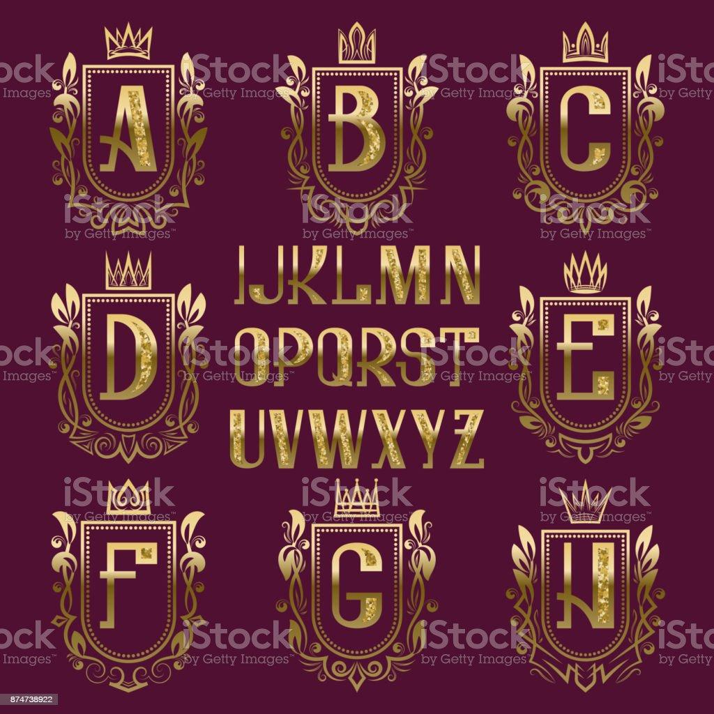 Ilustración de Kit De Estampado Escudo Medieval Letras De Oro Y ...