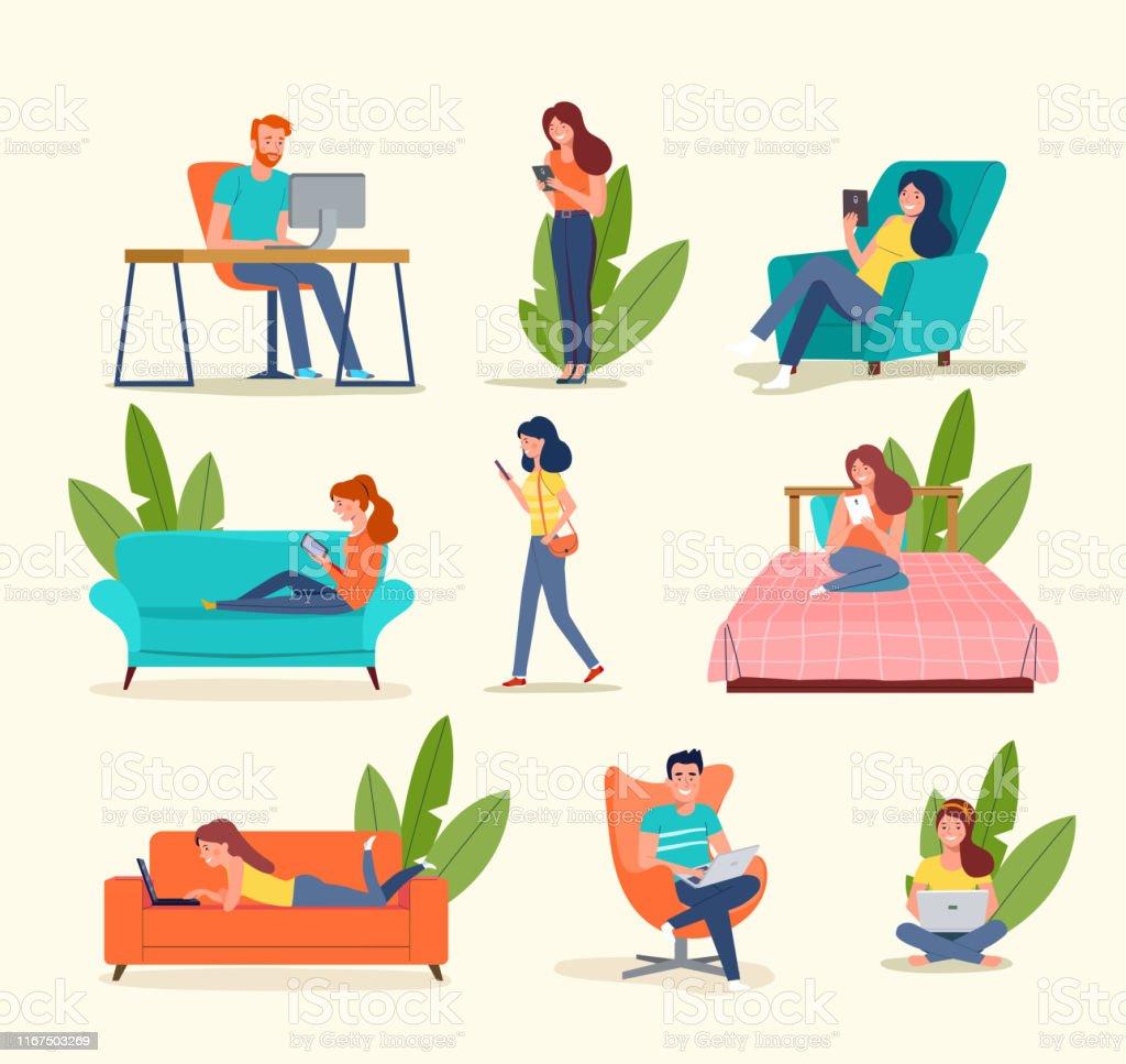 Mensen kijken naar gadgets. Grote set. Vector platte illustratie - Royalty-free Actieve levenswijze vectorkunst