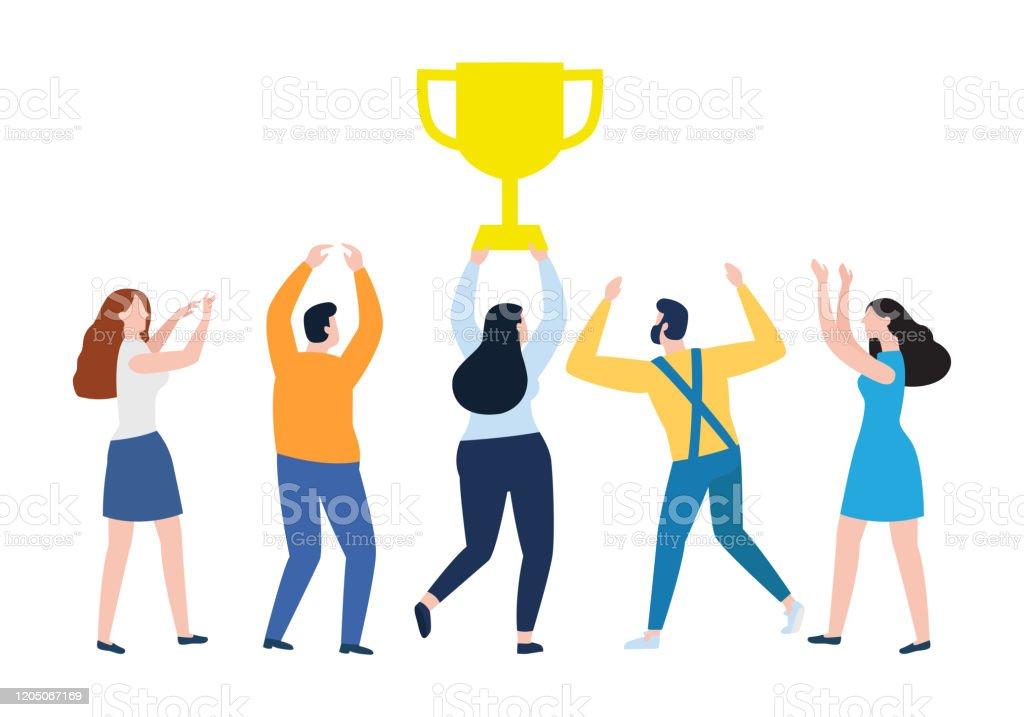 表彰台の1位2位3位に立つ最優秀スコア受賞者賞の男性と女性の同僚は勝利を祝う大きなカップ賞を保持しています受賞コンセプト ベクトルイラスト アイコンのベクターアート素材や画像を多数ご用意 Istock
