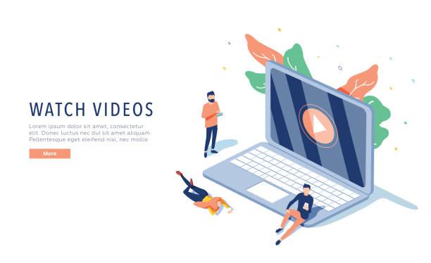 menschen, die online-video mit ihrem laptop, smartphone-vektor-illustrationskonzept, online-tutorial video-streaming - computergrundlagen stock-grafiken, -clipart, -cartoons und -symbole