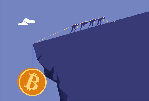 People struggle to pull Bitcoin to the cliff