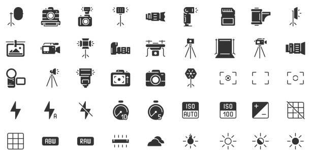 사진 카메라 실루엣 아이콘입니다. 사진 카메라 셔터 속도, 조리개 및 디지털 카메라 노출 블랙 스텐실 아이콘 벡터 세트 - 사진 테마 stock illustrations
