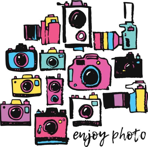 ilustraciones, imágenes clip art, dibujos animados e iconos de stock de grunge de dibujo y mano en hippie colorido foto película cámara doodle colección - zoom call
