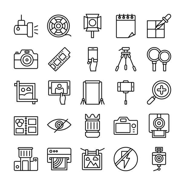 ilustraciones, imágenes clip art, dibujos animados e iconos de stock de iconos de línea de fotografía y gráficos conjunto - zoom call