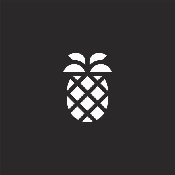 파인애플 아이콘입니다. 웹 사이트 디자인 및 모바일, 응용 프로그램 개발을위한 채워진 파인애플 아이콘. 검은 배경에 고립 된 채워진 여름 컬렉션에서 파인애플 아이콘. - 잘 익은 stock illustrations