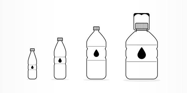 illustrations, cliparts, dessins animés et icônes de bouteilles en plastique avec l'eau jeu d'icônes. différentes tailles. contour noir. illustration vectorielle, design plat - bouteille d'eau