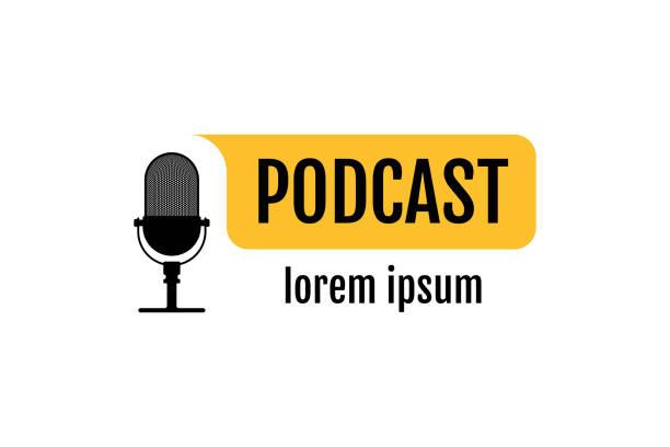 ilustrações, clipart, desenhos animados e ícones de sinal de rádio do podcast. microfone retro da tabela do estúdio com texto da transmissão no ar na bolha amarela. conceito do registro audio do webcast. ilustração do vetor - podcast