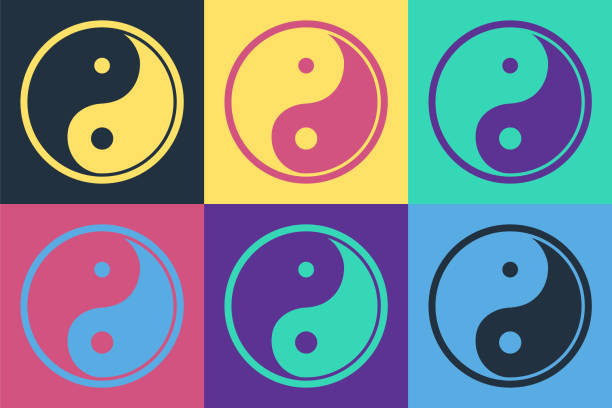 ilustraciones, imágenes clip art, dibujos animados e iconos de stock de pop art yin yang símbolo de armonía e icono de equilibrio aislado en el fondo de color. ilustración vectorial - yin yang symbol