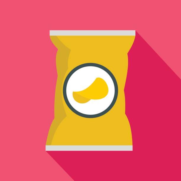 kartoffel-chips tasche flach stil-ikone - farbchips stock-grafiken, -clipart, -cartoons und -symbole