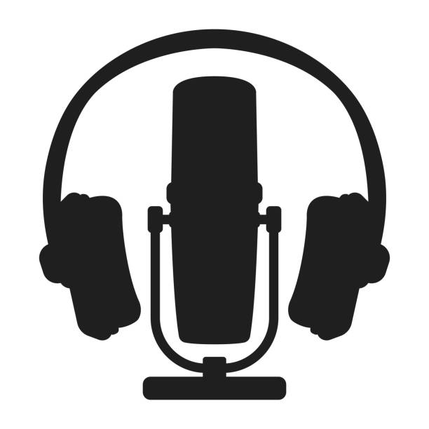 stockillustraties, clipart, cartoons en iconen met professionele radio van de microfoonhoofdtelefoon, online internet het stromen podcastconceptpictogram zwart silhouet eenvoudige vectorillustratie, die op wit wordt geïsoleerd. - call center