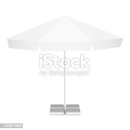 istock Promotional outdoor garden parasol with classic round canopy 1009973990