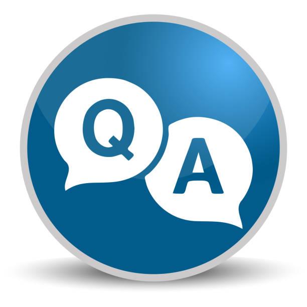 ilustraciones, imágenes clip art, dibujos animados e iconos de stock de pregunta respuesta azul brillante redondo vector icono en eps 10. botón de internet de diseño moderno editable sobre fondo blanco - faq