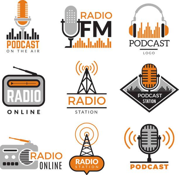 ilustrações, clipart, desenhos animados e ícones de logo de rádio. torres de podcast sem fio emblemas estação de rádio símbolos coleção vetorial - podcast