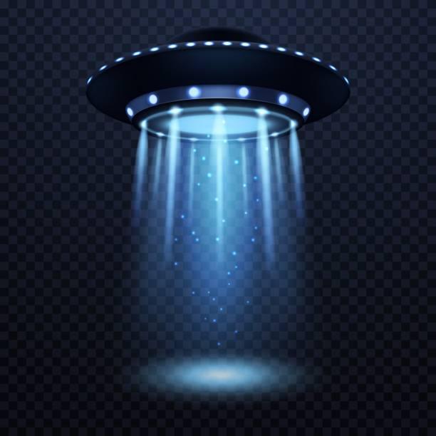 stockillustraties, clipart, cartoons en iconen met ufo. realistische buitenaardse ruimteschip met blauwe lichtstraal, futuristische sci fi ongeïdentificeerde ruimtevaartuig geïsoleerd 3d vector illustratie - ufo