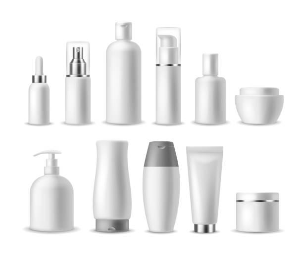 リアルなコスメティックパッケージ。白いブランク化粧品ボトル、容器。美容製品。スプレー、石鹸、クリーム、シャンプーベクトルモックアップ - 体 洗う点のイラスト素材/クリップアート素材/マンガ素材/アイコン素材