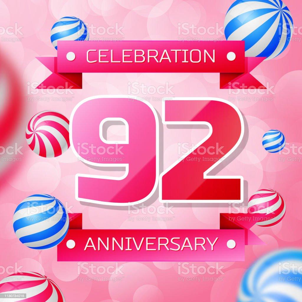Realistic Ninety two 92 Years Anniversary Celebration design banner. Rosa Zahlen und rosa Bänder, Luftballons auf rosa Hintergrund. Bunte Vector-Schablonen für Ihre Geburtstagsfeier – Vektorgrafik