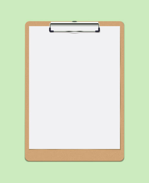 realistisches vector clipboard mit blank white paper leaf. kopierraum und vorlage - büro zukunft und niemand stock-grafiken, -clipart, -cartoons und -symbole