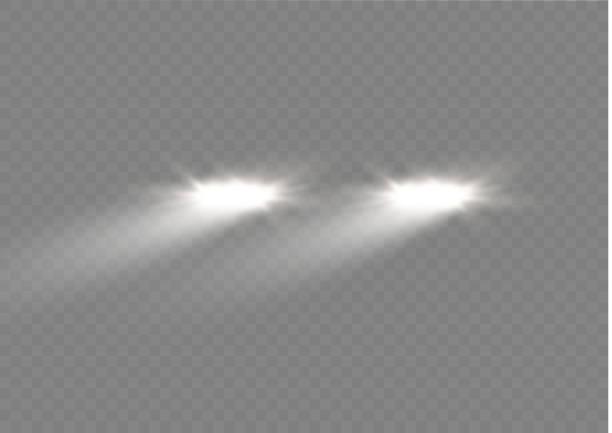 stockillustraties, clipart, cartoons en iconen met realistische witte gloed van ronde balken van auto koplampen, geïsoleerd tegen een achtergrond van transparante somberheid. vector heldere trein verlichting voor uw ontwerp. eenvoudig lichte flitser. vectorillustratie - mist donker auto