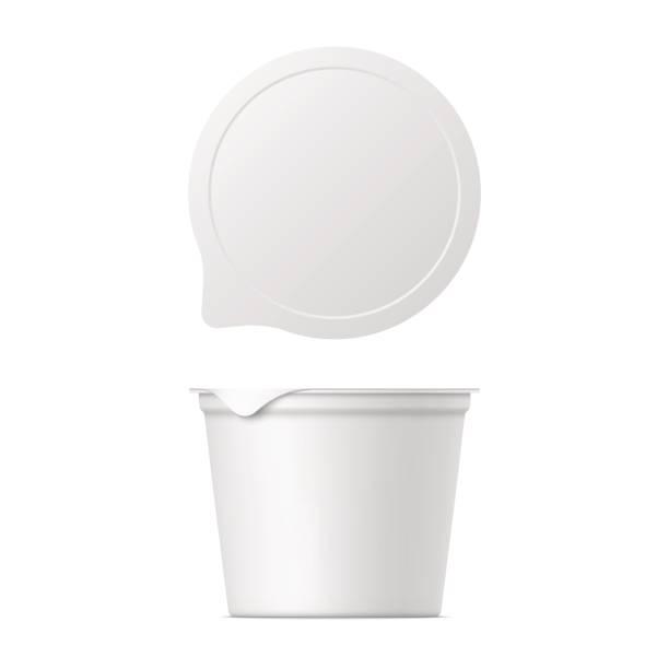 illustrazioni stock, clip art, cartoni animati e icone di tendenza di realistic yogurt, ice cream or sour creme package - gelato confezionato