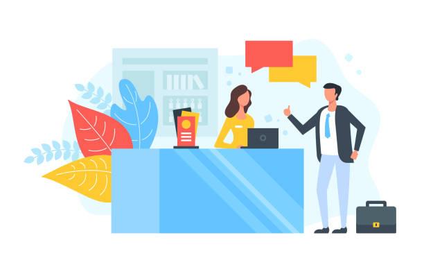 resepsiyon. otel lobisinde ya da bilgi masasında konuşan insanlar. müşteri hizmetleri, resepsiyonist, müşteri yardımı, yardım, check-in kavramları. modern düz tasarım. vektör çizimi - hotel reception stock illustrations