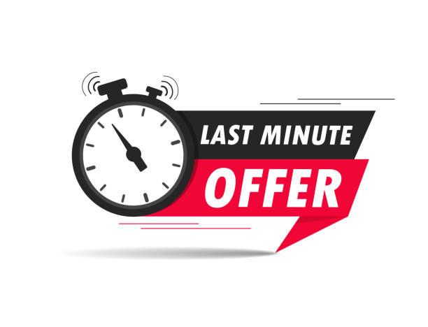 czerwona oferta last minute z zegarem do promocji, banerem, ceną. odliczanie do etykiety czasu na sprzedaż ofert. budzik z ofertą last minute szansy na odosobnionym tle. wektor - czas stock illustrations