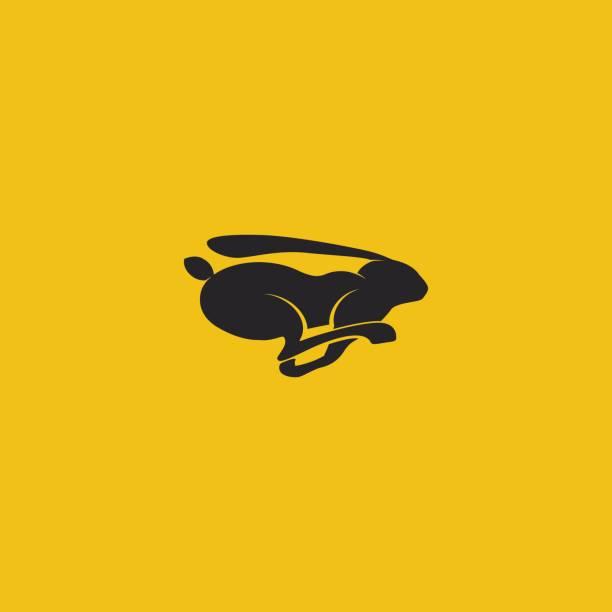 schwarzes kaninchen logo ausgeführt. vektor-illustration. - kaninchenbau stock-grafiken, -clipart, -cartoons und -symbole