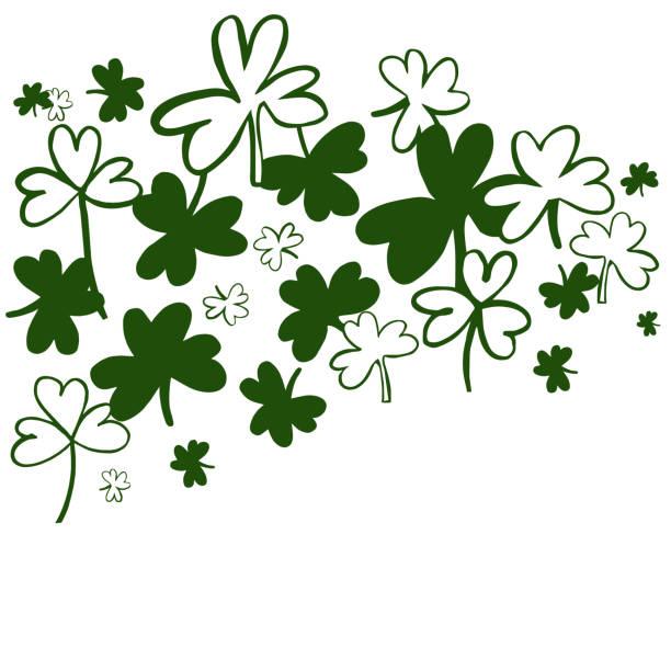 ilustraciones, imágenes clip art, dibujos animados e iconos de stock de fondo vectorial del día de san patricio con trébol verde. - conceptos y temas
