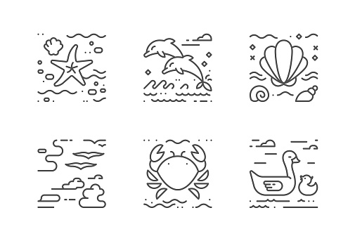 Sea life vector icons set. The icons are pixel perfect. You will be able to change the color and size.