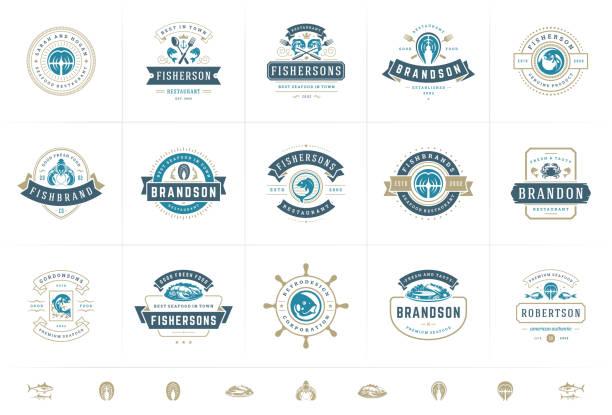 logo lub znaki z owoców morza ustawić wektor ilustracji rynku rybnego i restauracji emblematy szablony wzorów - przypinka stock illustrations