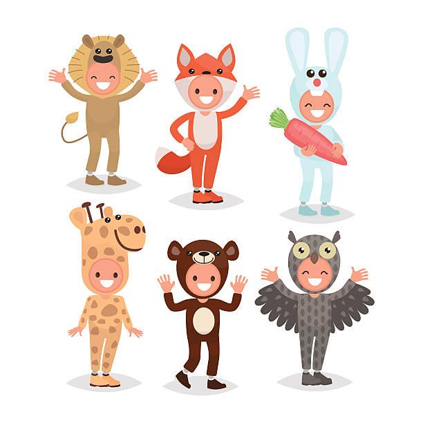 satz mädchen und jungen in tier kostümen gekleidet - giraffenkostüm stock-grafiken, -clipart, -cartoons und -symbole