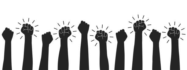 프롤레타리아트 혁명을 손에 들고 주먹을 쥐고 있다. 승리, 항의, 힘, 권력, 연대 아이콘의 상징 - 제기 주먹 - 벡터 - 사회 정의 stock illustrations