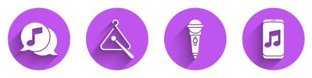 bildbanksillustrationer, clip art samt tecknat material och ikoner med ställ musiknot i pratbubbla, triangle musikinstrument, mikrofon och musik spelare ikon med lång skugga. vektor - triangel slagverksinstrument