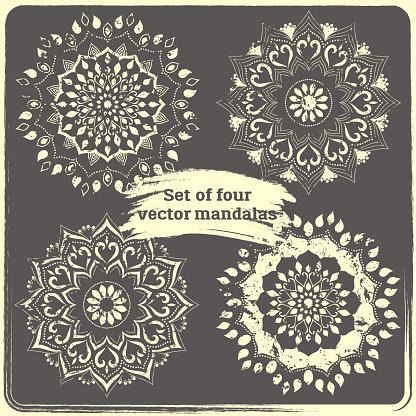 Set Of 4 Hand Drawn Mandalas — стоковая векторная графика и другие изображения на тему Ottoman Empire