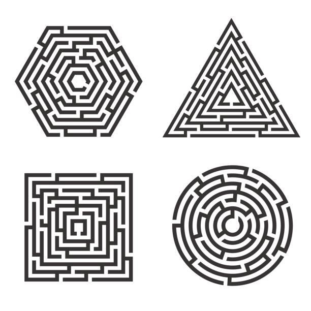 satz von 4 labyrinth - quadrat, kreis, dreieck, sechseck-symbol. business-konzept. labyrinth-vektor-illustration. - labyrinthgarten stock-grafiken, -clipart, -cartoons und -symbole