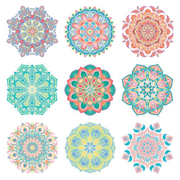 ilustraciones, imágenes clip art, dibujos animados e iconos de stock de conjunto de mandalas coloridos árabe de 9 vectores coloridos dibujados a mano sobre fondo blanco. - tatuajes tribales