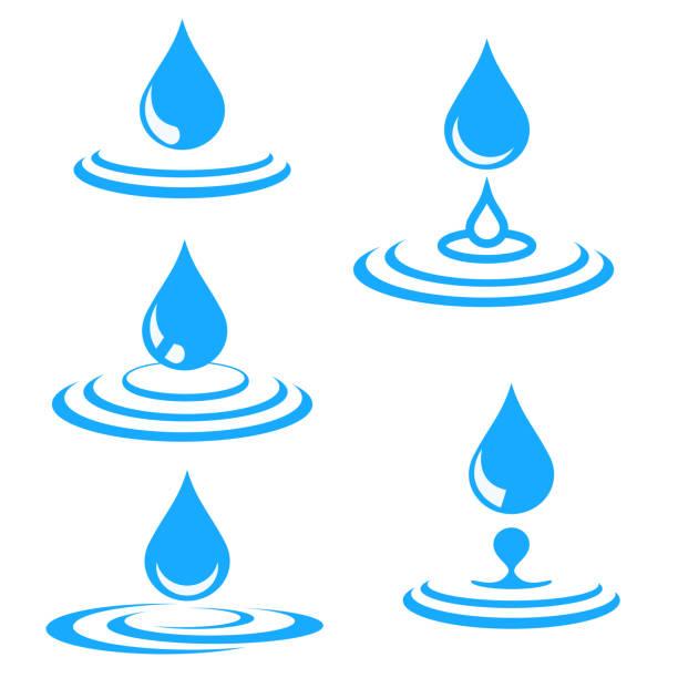 satz von blauem wassertropfen und spritzer, vektor-illustration - fallrohr stock-grafiken, -clipart, -cartoons und -symbole