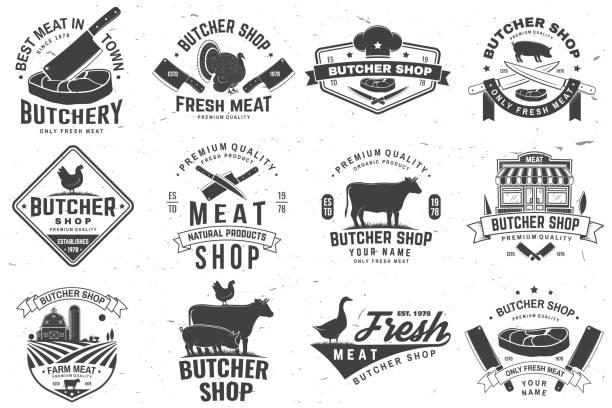 bildbanksillustrationer, clip art samt tecknat material och ikoner med set av slaktare butik badge eller etikett med ko, nötkött, kyckling. vektor. vintage typografi design med ko, kyckling silhuett. slakta köttaffär, marknad, restaurangbranschen. - fläsk biff kyckling