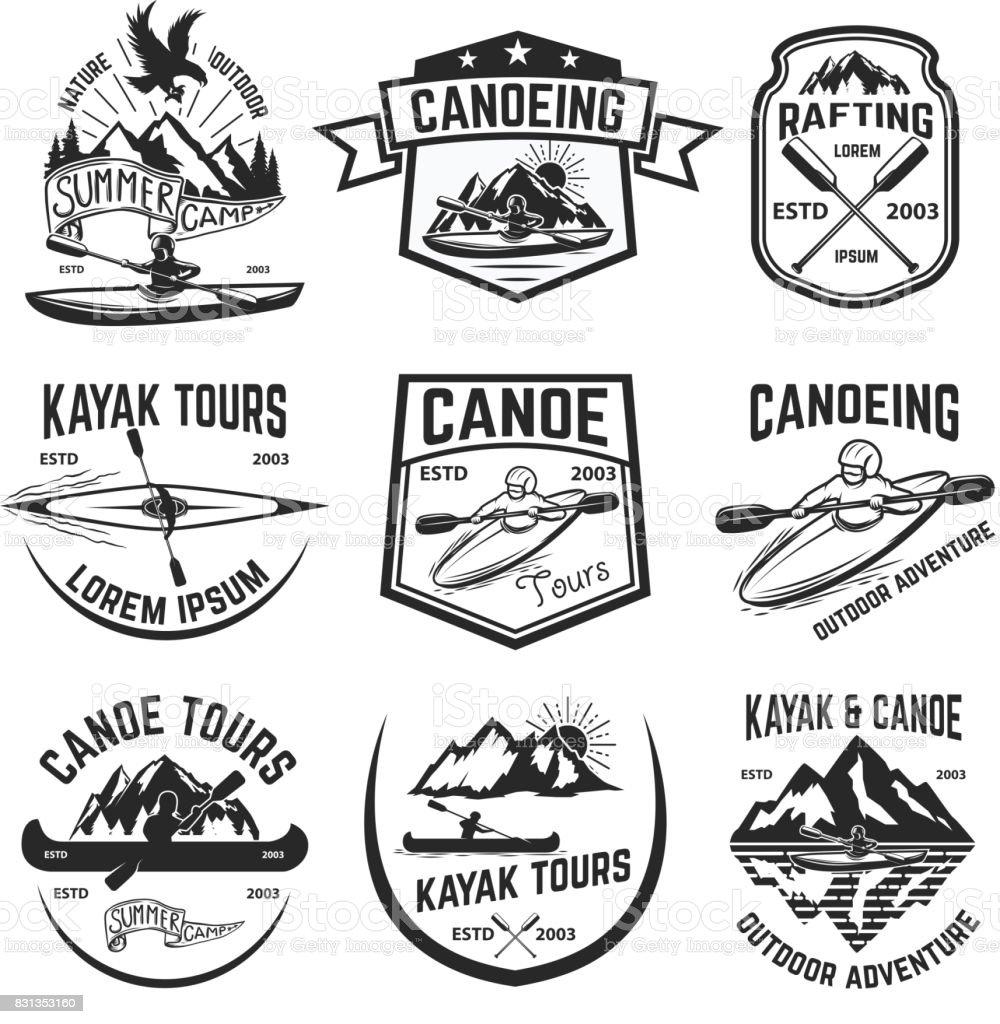 Conjunto de piragüismo y kayak emblemas de tours. - ilustración de arte vectorial
