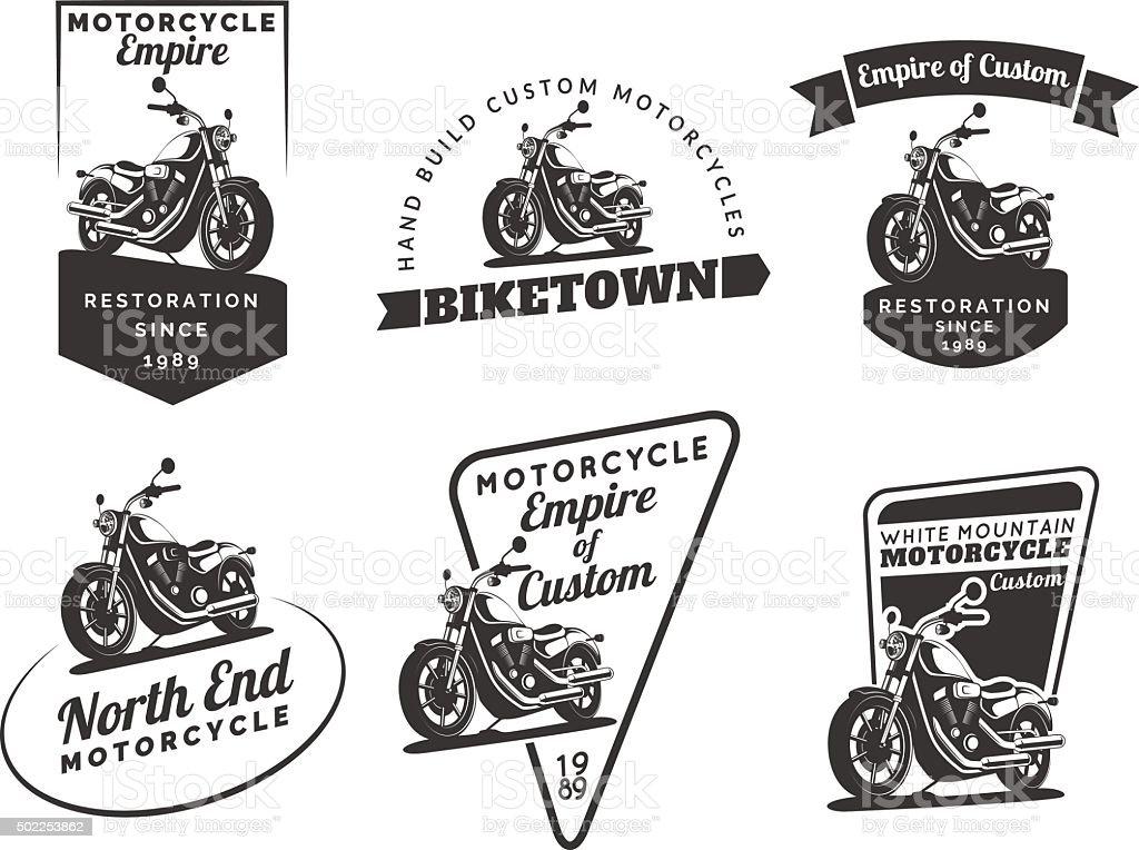Clássico conjunto de motocicleta emblems, medalhas e pontos. - ilustração de arte em vetor
