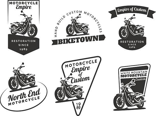 Juego de motos clásicas emblems, credenciales e iconos. - ilustración de arte vectorial