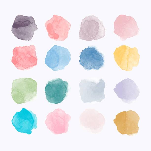 zestaw kolorowych akwarelów ręcznie malowane okrągłe kształty, plamy, koła, plamy izolowane na białym. ilustracja do projektowania artystycznego - pastelowy kolor stock illustrations