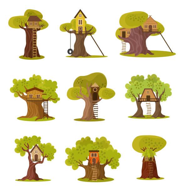 set von niedlichen kleinen baumhäusern. vektor-illustration im flachen cartoon-stil. - landhaus stock-grafiken, -clipart, -cartoons und -symbole